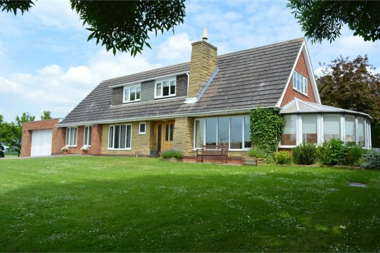 Lawns Farm House, Belton Road, EPWORTH, Lincolnshire, DN9 1JL