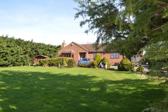 Southlands, East Lound Road, Owston Ferry, DN9 1BA