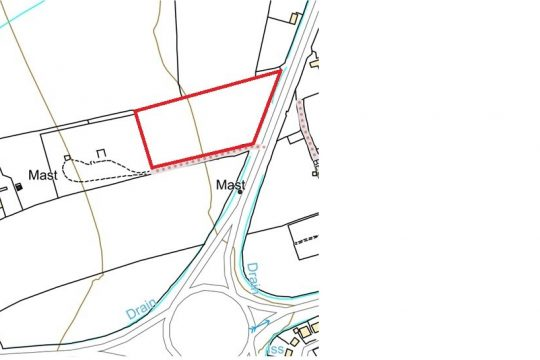 Approx. 2.6 Acres enclosed grassfield West of Walkeringham Road (A161), Beckingham,  DN10